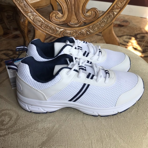 Welby Shoes   Mens Orthotic Sneakers